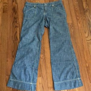 Like New Banana Republic wide-leg Jeans light wash